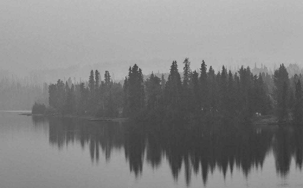 ánh sáng bị ảnh hưởng bởi khói và sương mù